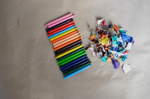 Paso 1 crayones